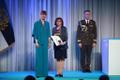 President Kersti Kaljulaid andis üle riiklikud teenetemärgid. Anneli Helmann – kohtutõlk, tänu kellele on tagatud menetlusosalistele eesti-vene-eesti suunaline sünkroontõlge Tallinnas.
