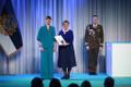 President Kersti Kaljulaid andis üle riiklikud teenetemärgid. Ene Järvik – koorijuht ja muusikaõpetaja.
