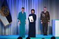 President Kersti Kaljulaid andis üle teenetemärgid. Olga Kublitskaja – käsitöötraditsiooni hoidja Narvas.