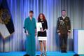 President Kersti Kaljulaid andis üle riiklikud teenetemärgid. Viive Noor – kunstnik ja raamatuillustraator.