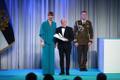 President Kersti Kaljulaid andis üle riiklikud teenetemärgid. Leon Reitsak – maadlustreener ja spordielu edendaja Raplamaal.