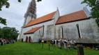 Kihelkonna kirik sai tagasi tornikuuli ja -kuke