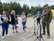 Ajakirjanikud Läti-Valgevene piiriolukorraga tutvumas.