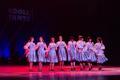Mudilased ja põhikooliastme tantsijad Koolitantsul Viljandis