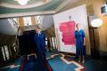 Канцелярия президента представила портрет Керсти Кальюлайд работы Алисе Каск.