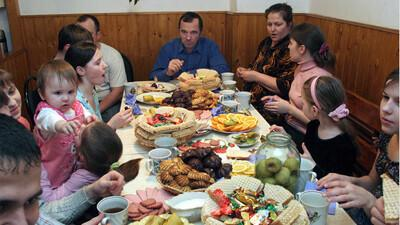 Perekondlikud söömaajad on hea traditsioon.