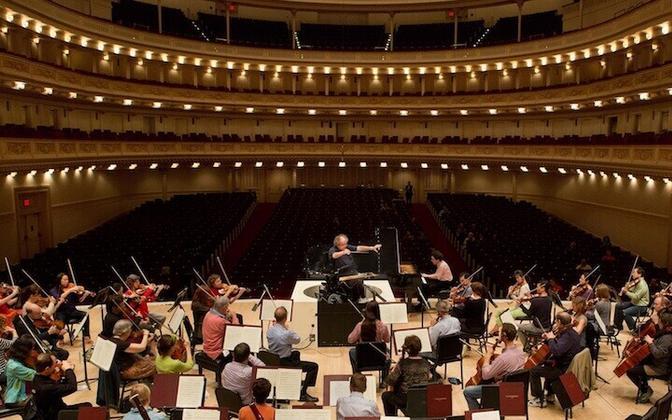 James Levine dirigeeris taas Metropolitan Operas.
