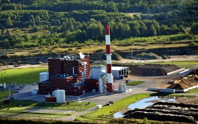Estonia's combined power plants produce electricity and heat from refuse, wood chips, and other fuels.
