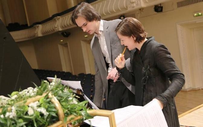 Pianist Mihkel Poll ja helilooja Helena Tulve