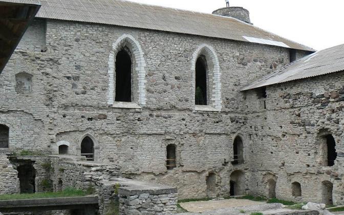 Padise kloostri varemed.