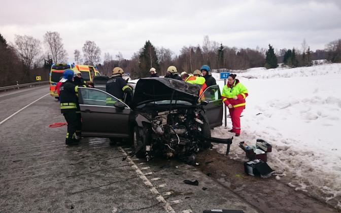 Ahelkokkupõrge Tallinna-Tartu maanteel.