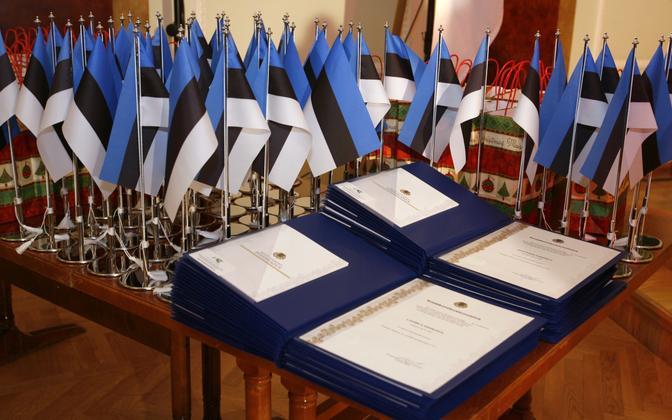 Certificates of Estonian citizenship.
