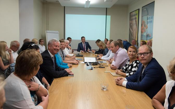 Siim Kallas was chosen as the Estonian Reform Party's official presidential candidate at a meeting of its Board of Directors on Wednesday. August 3, 2016.