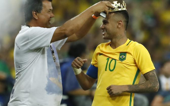 Brasiilia alistas penaltiseerias Saksamaa ning krooniti olümpiavõitjaks
