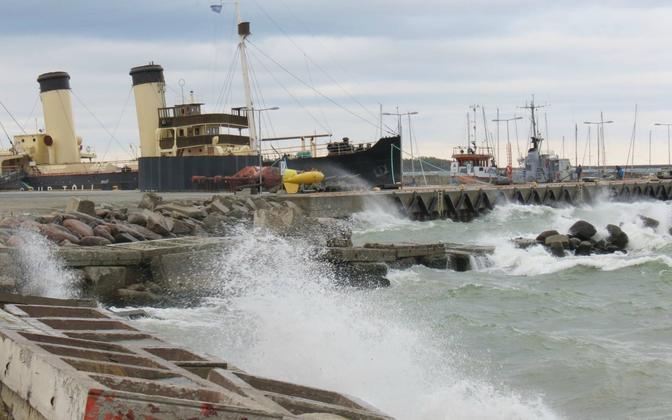 Tormine meri Tallinna lahel.