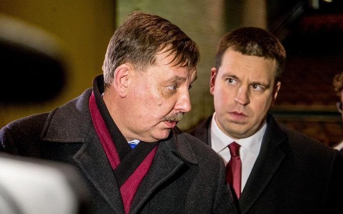Tallinna linnapea ülesannetes abilinnapea Taavi Aas ja Keskerakonna esimees Jüri Ratas.