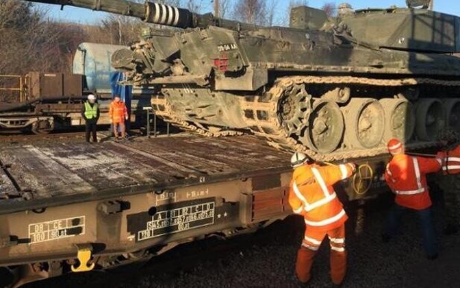 Briti rasketehnika viidi läbi Eurotunneli Prantsusmaale.