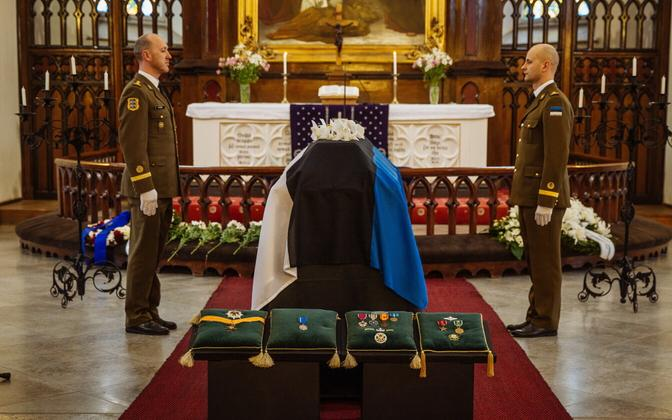 Gen. Einseln's funeral was held at St. John's Church in Tallinn on Friday. March 31, 2017.