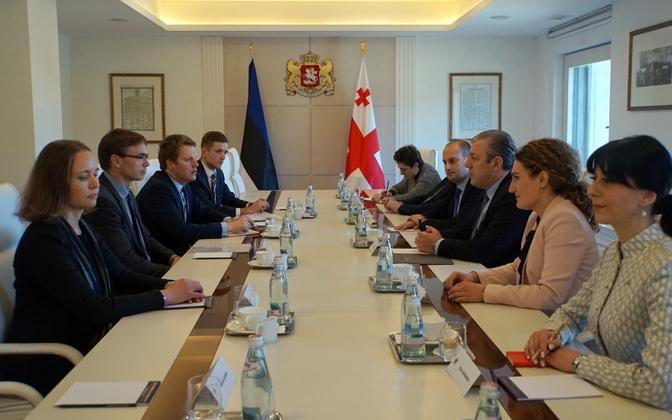 Minister of Foreign Affairs Sven Mikser met with Georgian Prime Minister Giorgi Kvirikashvili and other Georgial leaders on Monday. April 24, 2017.