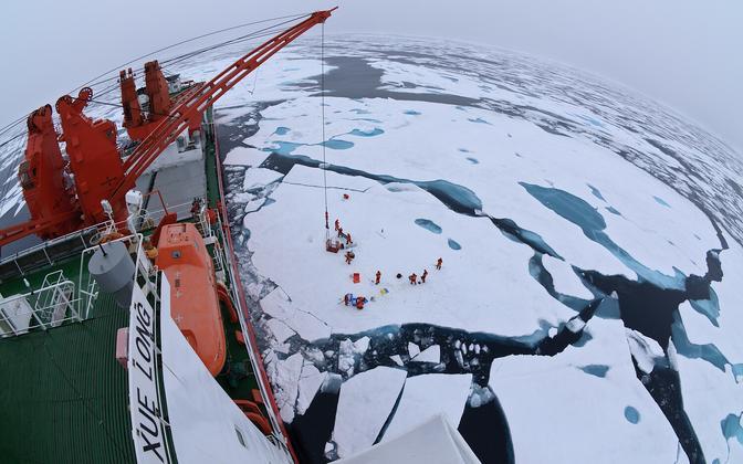 Teadlased jääl