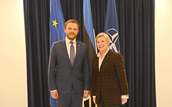 Margus Tsahkna and Rose Gottemoeller in Tallinn, May 12, 2017.