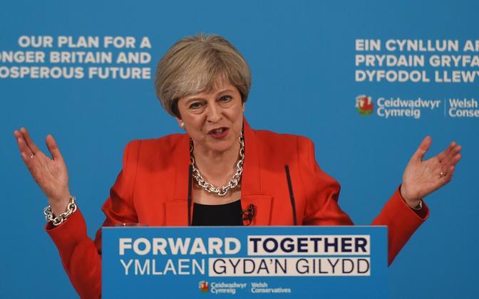 Theresa May esmaspäeval Walesis.