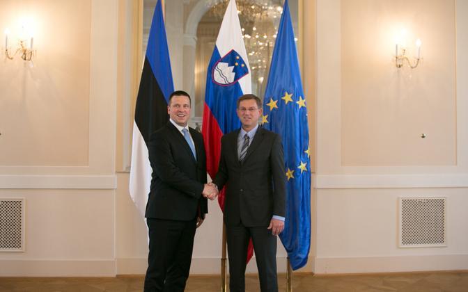 Prime Minister Jüri Ratas with Slovenian Prime Minister Miro Cerar in Ljubljana on Tuesday. May 23, 2017.