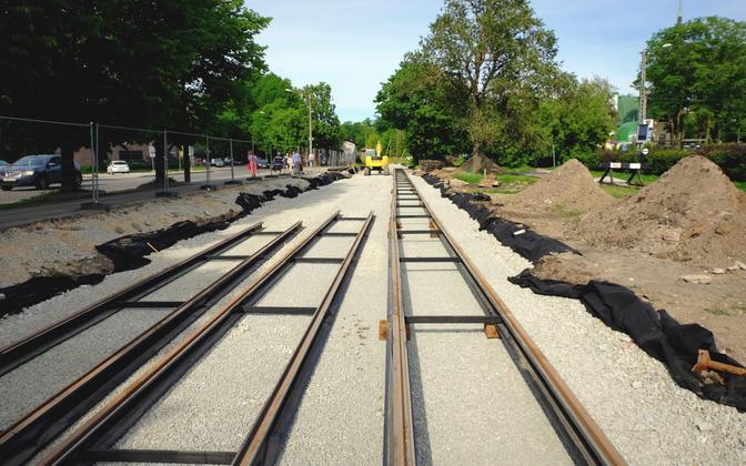 New tram tracks being laid between Balti jaam and Linnahall stations in Tallinn. June 17, 2017.