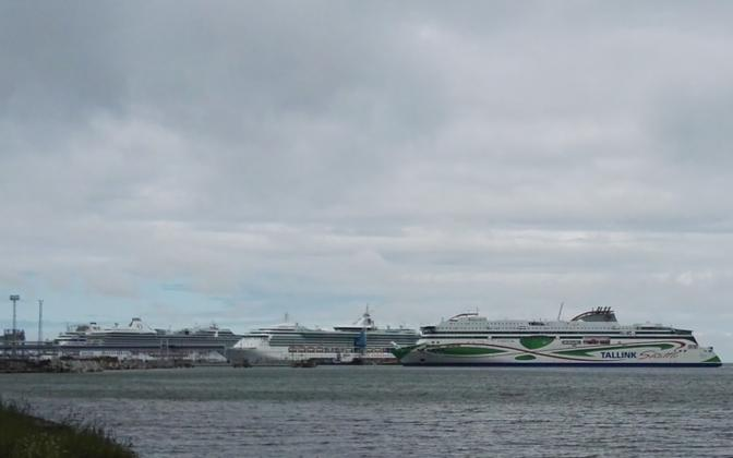 Tallinki laevad Tallinna reisisadamas.