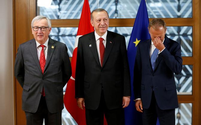 Euroopa Komisjoni president Jean-Claude Juncker, Türgi president Recep Tayyip Erdogan ja Euroopa ülemkogu alaline eesistuja Donald Tusk.