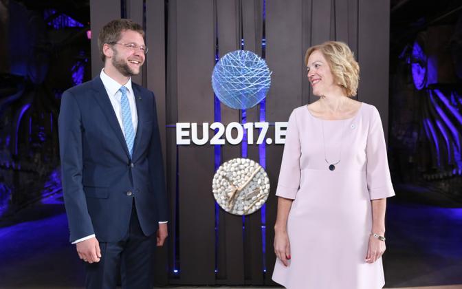 Töö- ja pereelu ühitamist arutasid Euroopa Liidu kolleegidega ministrid Jevgeni Ossinovski ja Kaia Iva.
