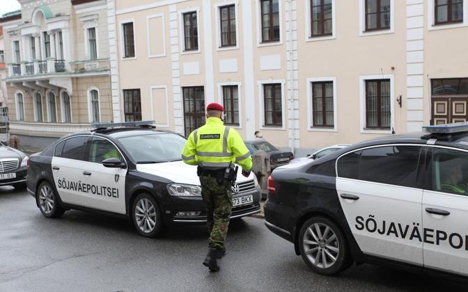 Sõjaväepolitsei praegused autod.