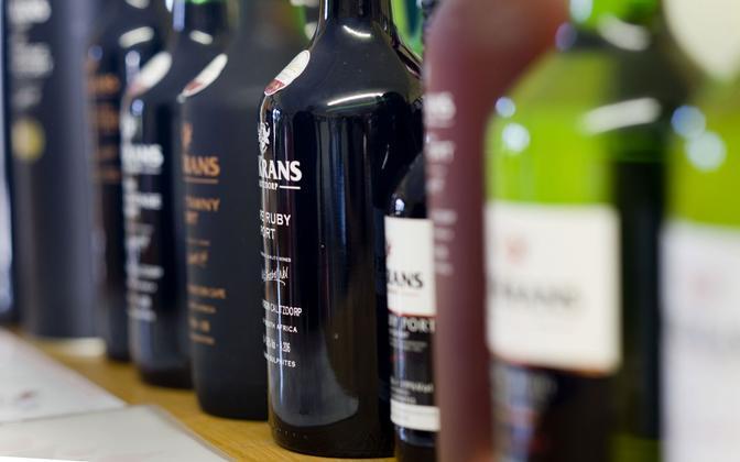 За последние годы ставки акциза на алкоголь заметно повысились.