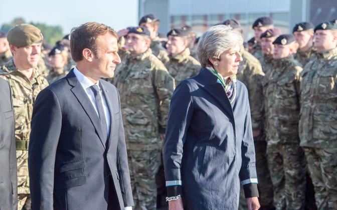 Macron ja May 29. septembril Tapa sõjaväelinnakus.