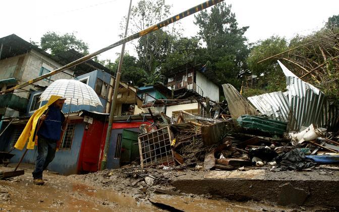 Tormi purustused Costa Ricas.