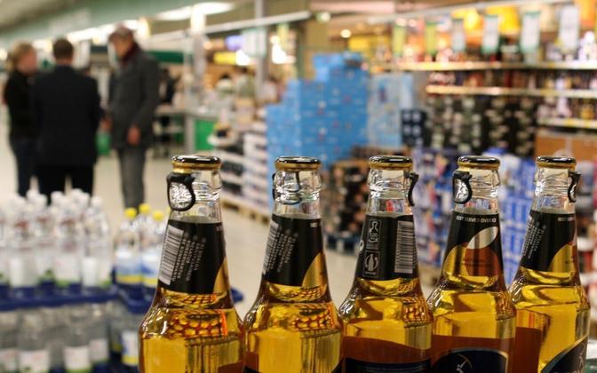 Alcoholic beverages for sale at Kristiine Prisma.