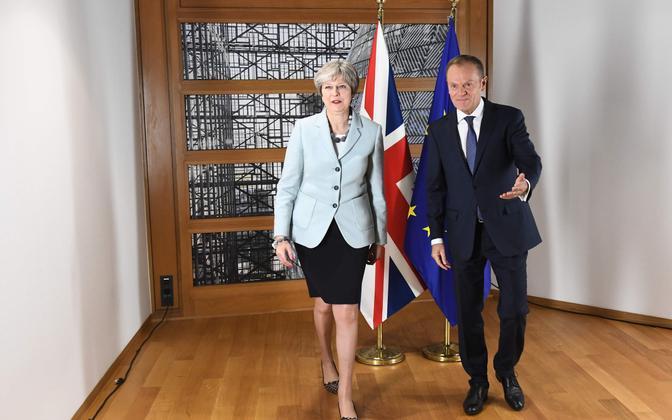 Theresa May ja Donald Tusk.