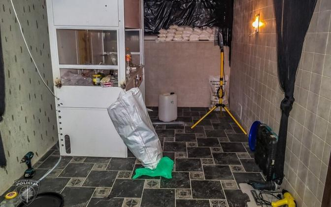 Ropaži piirkonnas asunud narkolabor, kust leiti 45 kilogrammi amfetamiini.