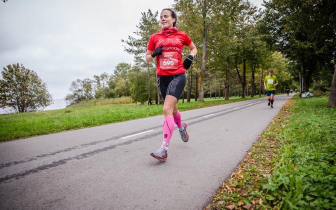 Eesti 24h jooksu rekordiomanik Karmen Lepp 2017. aasta Sillamäe ultrajooksul.