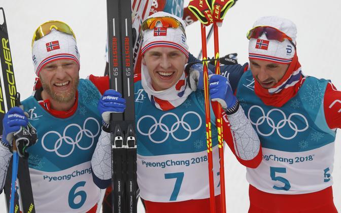 Suusavahetusega sõidus kolmikvõidu võtnud Sundby, Krüger ja Holund