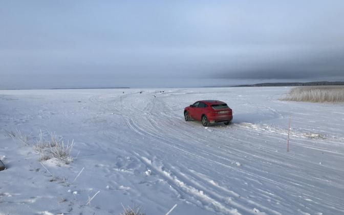 The Haapsalu-Noarootsi ice road was opened to traffic on Wednesday morning. Feb. 21, 2018.