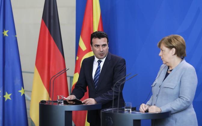 Saksa kantsler Angela Merkel ja Makedoonia peaminister Zoran Zaev.