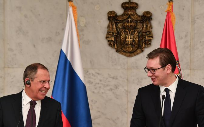 Sergei Lavrov ja Laeksandar Vucic 21. veebruaril Belgradis.