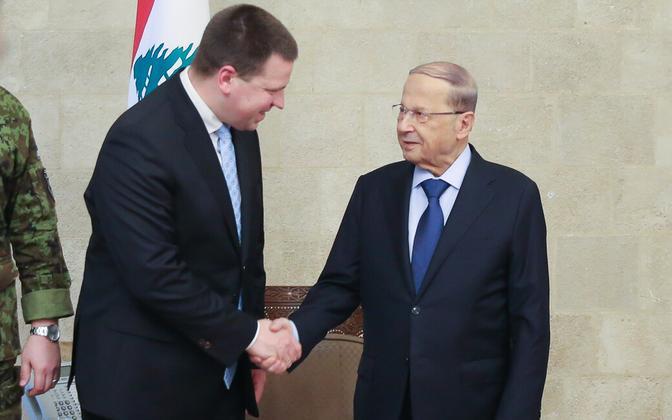 Ratas with President Michel Aoun (right).