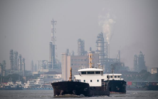 Naftatöötlemistehas Shanghais.