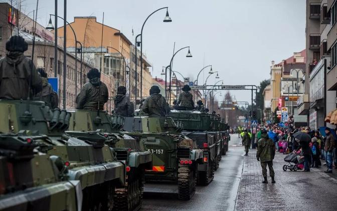 Iseseisvuspäeva paraad Jyväskyläs 2015. aastal.