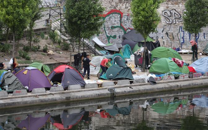 Migrantide telgid Pariisis.