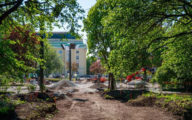 Construction works in Tallinn's Tammsaare Park.