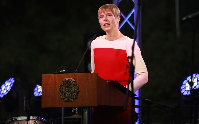 President Kersti Kaljulaid delivering a speech at the Rose Garden in Kadriorg. 20 August 2018.