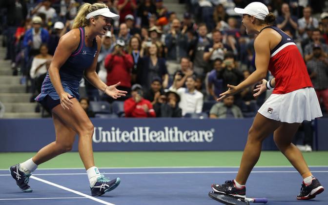 Ashleigh Barty ja Coco Vandeweghe, US Openi naispaarismängu võitjad